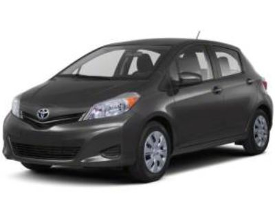 2013 Toyota Yaris LE 5-Door Liftback Automatic