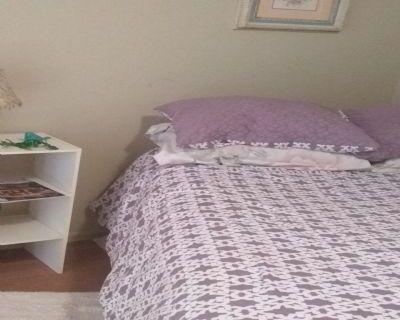 $616 3 apartment in Denver West