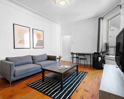 Spacious 5 bedroom apartment, 10 min walk to DT Montreal - Saint Henri