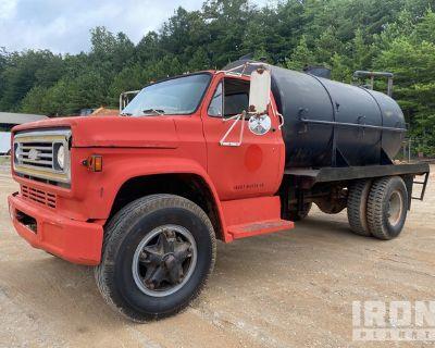 1985 (unverified) Chevrolet D6500 4x2 S/A Water Truck