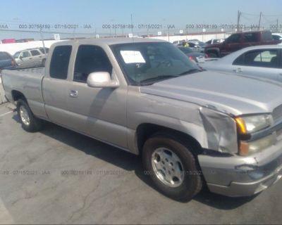 Salvage Gold 2004 Chevrolet Silverado 1500
