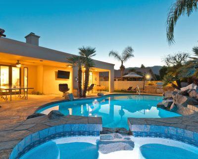 NEW!! Saltwater Pool,Ping Pong,Cornhole, Shuffleboard,Foosball,Arcade,Air Hockey - Desert Club Estates