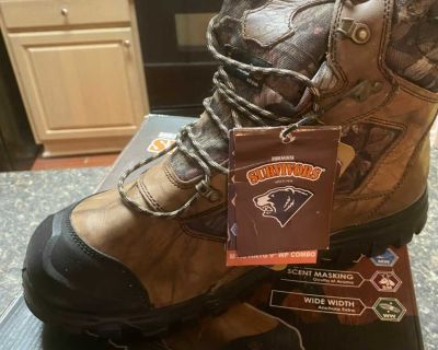 SURVIVORS HUNTING BOOTS NEW WITH TAGS SIZE 13 w