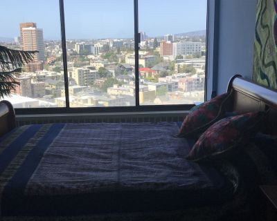 Condo with Breathtaking views and Spa-like amenities - Adams Point