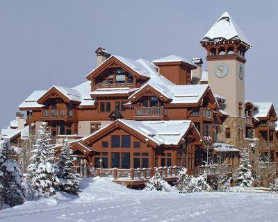 True Ski in Ski Out 3 bedroom 3 bath 1st floor Condo in Arrowhead - Edwards