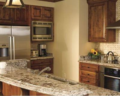 3 bedroom at Ritz Carlton Lionshead Luxury Condo, Vail Colorado - Vail