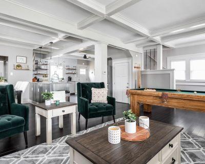 New Pristine Indy Home w/ Pool Table! - Meridian-Kessler