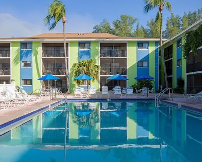 Myers Beach, Tropical Sands 2 Bedroom Resort - South Island