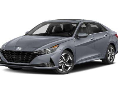 New 2022 Hyundai Elantra SEL FWD 4dr Car