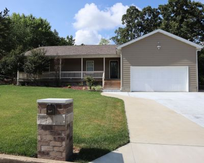 Fully Furnished Home in Rolla With Country Charm - Rolla