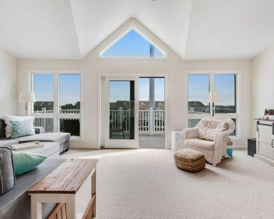 Villas at Beach Cove Getaway W/ Bay/Ocean Views, Private Balcony & Shared Pool - Bethany Beach