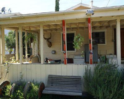Tropical-Vintage-Junkyard, Los Angeles, CA