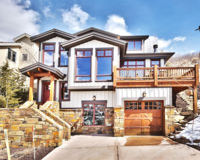 Up to 25% Off! Old Town Large Home with Huge Views, Walk to Main St & Free Bus - Park City