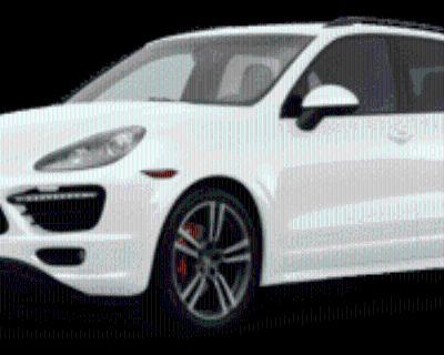 2013 Porsche Cayenne GTS