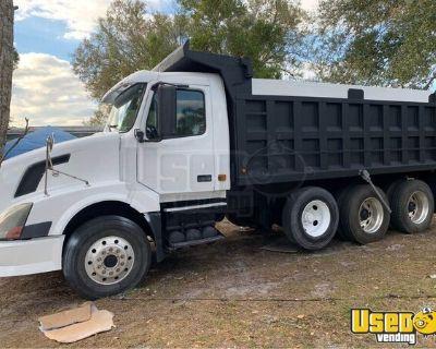 Used 2007 Volvo Triaxle Dump Truck 455hp Cummins ISX 10-Speed