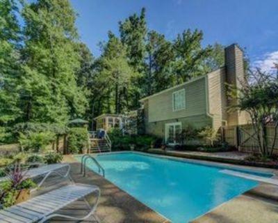 2937 Sanibel Dr, Stone Mountain, GA 30087 3 Bedroom Apartment