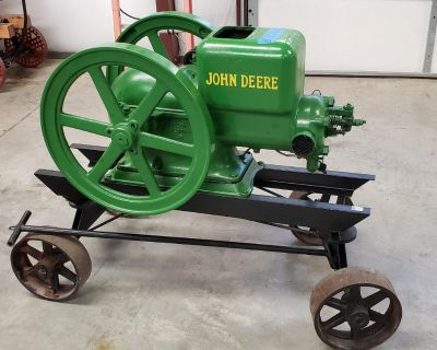 1945 John Deere Hit & Miss Engine