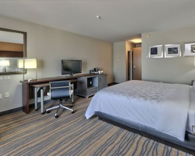 Holiday Inn Hotel & Suites Albuquerque-North I-25, an IHG Hotel - Northeast Heights