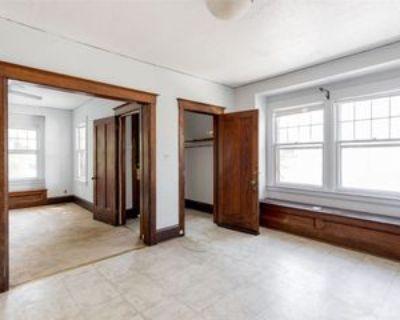 1922 11th St, Detroit, MI 48216 3 Bedroom Apartment