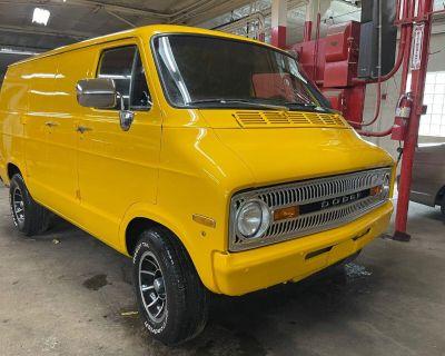 1971 Dodge Ram Van