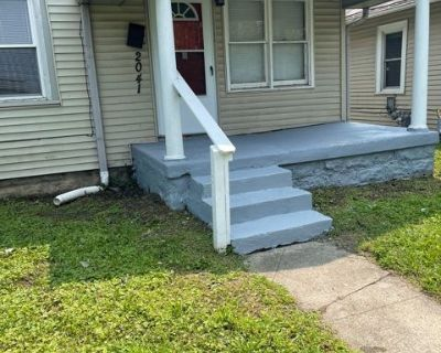 3BR House for RENT! Walk to Fountain Square!