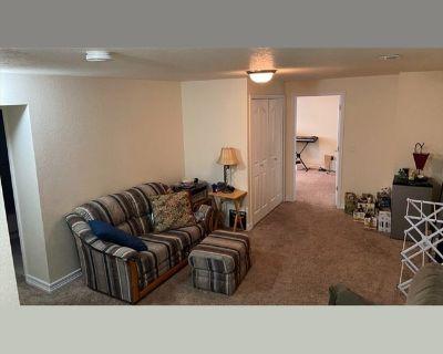 Room for rent in Andrews Peak Drive, P.O.E.T - Andrews Peak Drive Basement