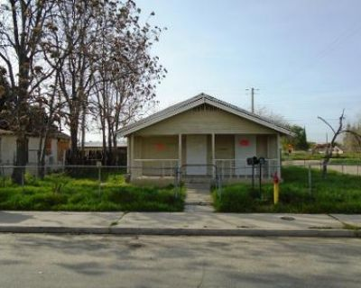 3 Bed 2 Bath Preforeclosure Property in Bakersfield, CA 93308 - Decatur St