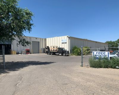 Office/Warehouse with yard near Interstate 25