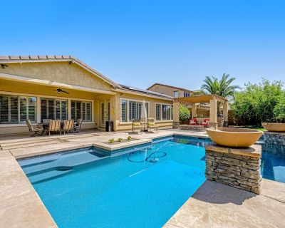 Ground-Floor Home w/Free WiFi, Patio, Private Heated Pool, Pool Spa, & Gas Grill - Seville