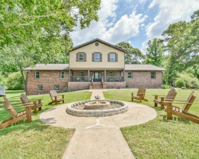Ultimate Vacation Resort 15 Acre Horse Ranch Farm - Hall County