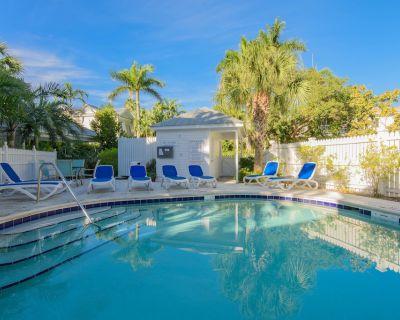 Latitude Adjustment @ Truman Annex: 2 BR, 2.5 BA Townhouse in Key West, Sleeps 6 - Old Town Key West