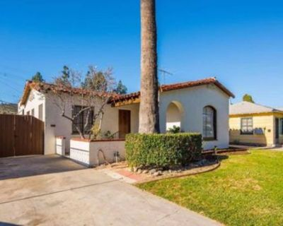 Spanish Style Atwater Village house. Great lighting and roomy., LOS ANGELES, CA