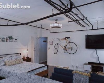 Studio Bedroom In Denver Northeast
