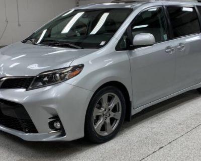 2019 Toyota Sienna SE Premium