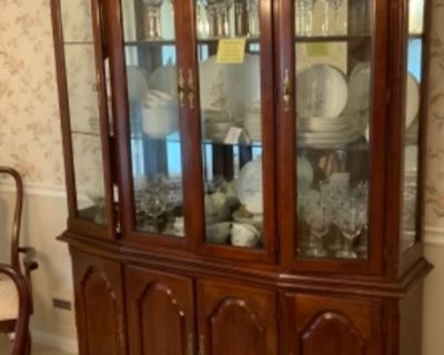 Moving On Estate Sales ~ Dunwoody, GA ~ 1 DAY BLOW OUT SUNDAY! 60~75% OFF