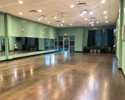 Green Dance Studio w/ Large Mirrors, Orlando, FL