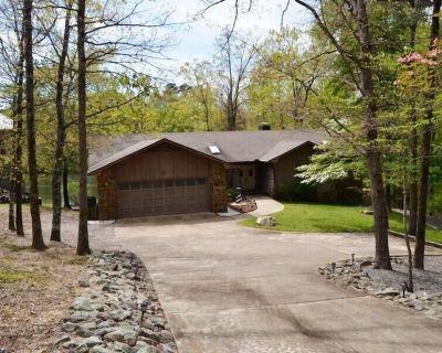 21ToleDr | Lake DeSoto | Home | Sleeps 6 - Hot Springs Village