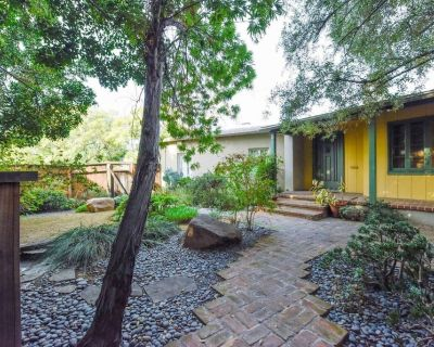 Spacious Mid-city 3BR Homeenclosed Yardparking A/C Washer/dryer - Mid-Wilshire