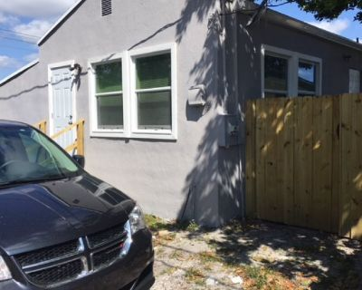 House for Rent in Hollywood, Florida, Ref# 201722436