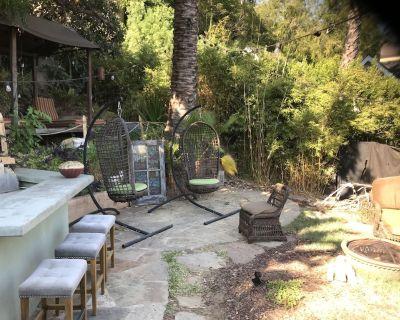 Majestic and Vintage Hollywood Hills Estate - Hollywood Hills