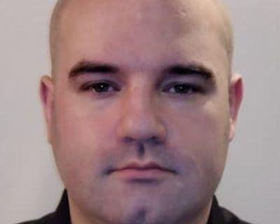 Chris, 31 years, Male - Looking in: Herndon VA