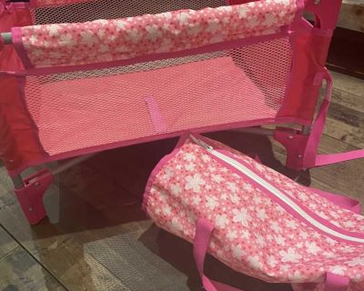 Baby doll crib and carry case