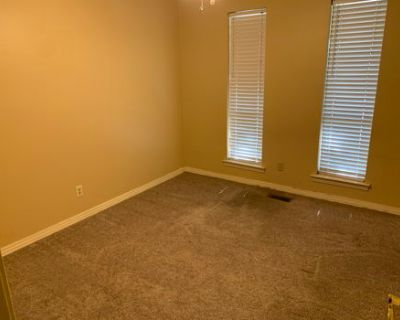 Single Bedroom in Shared Household, with Pets