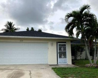 SW14th AV, Cape Coral, FL 33914 3 Bedroom House