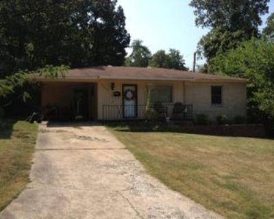 3800 Hillside Dr, North Little Rock, AR 72118 2 Bedroom House