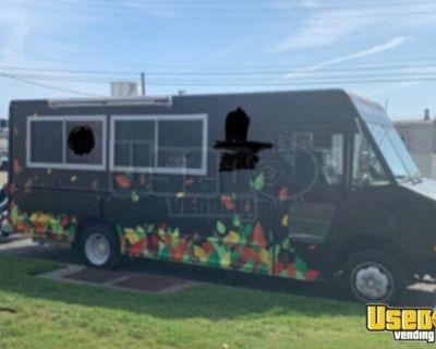 Fully-Loaded 2004 Diesel 26' Freightliner MT45 Food Truck Kitchen on Wheels
