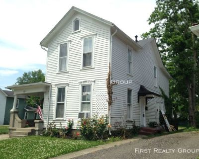 1 Bedroom Upstairs Apartment for Rent in Franklin, OH