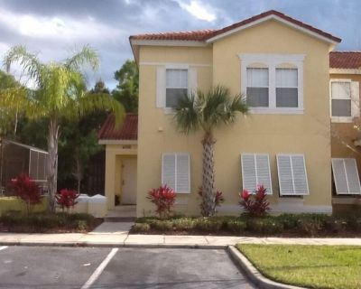 Private pool Townhome close to all attractions in gated resort community. - Kissimmee