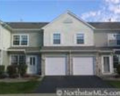 Charming 2br 2ba townhome! Priced 2 Sell!