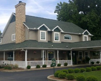 Hearthstone Inn & Suites , you will discover a top-rated independent hotel! - Cedarville
